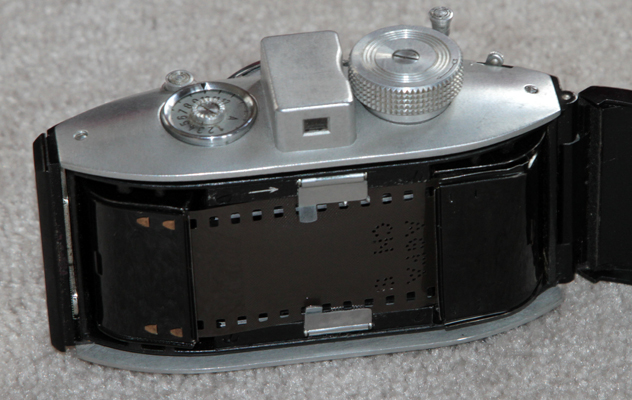 agfa carat 4.5 vintage film camera interior view 1938