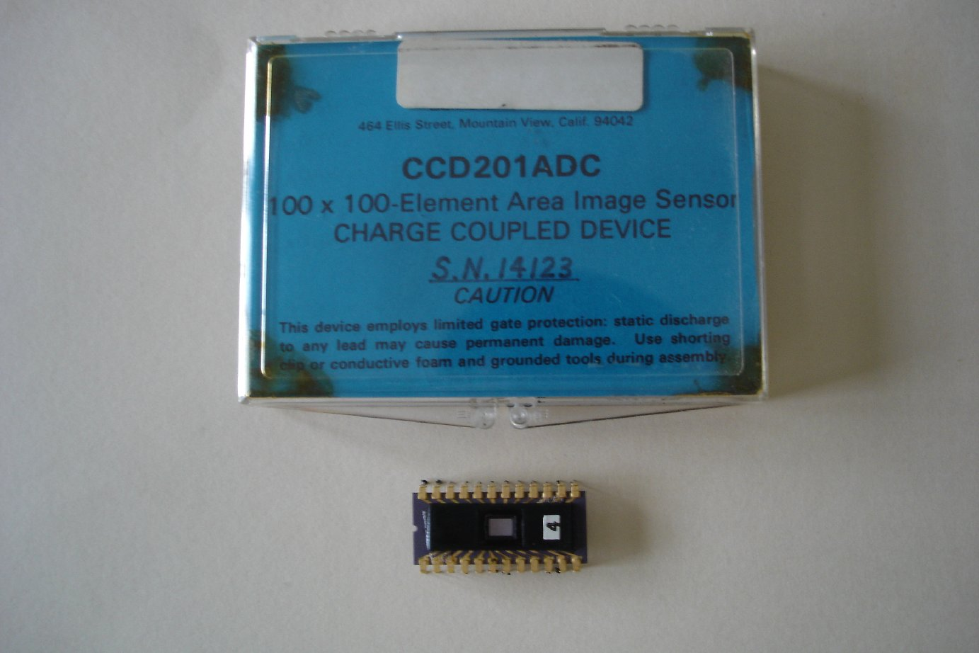 First commercial CCD Fairchild 10-0 x 100 pixel CCD