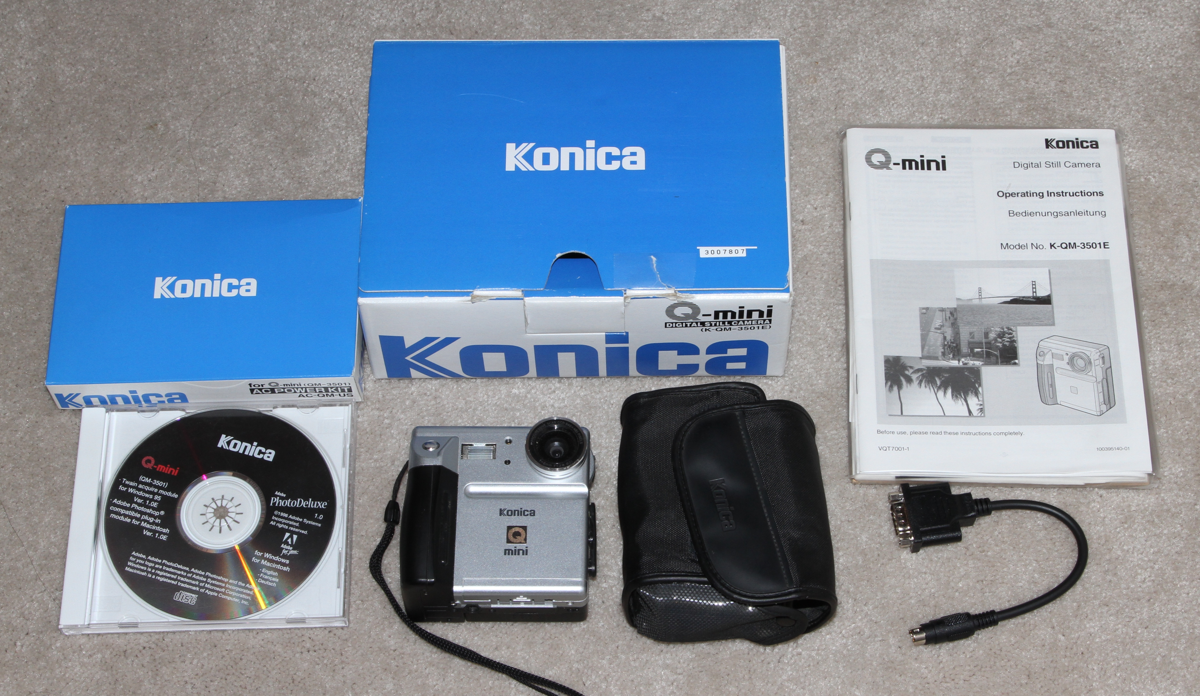 konica q-mini, panasonic cardshot nv-dcf-1 digital camera 1997