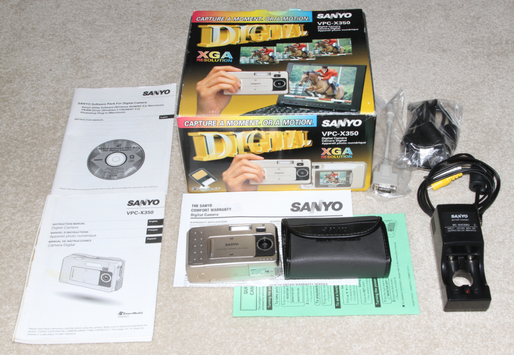 Sanyo VPC-X350 digital camera kit