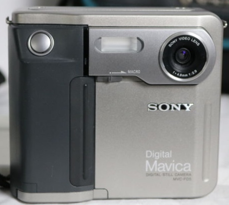 Sony Mavica MVC-FD5 digital camera