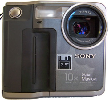 Sony Mavica MVC-FD7 digital camera