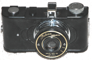 utility mfr co. falcon minature 35 mm vintage film camera 1939