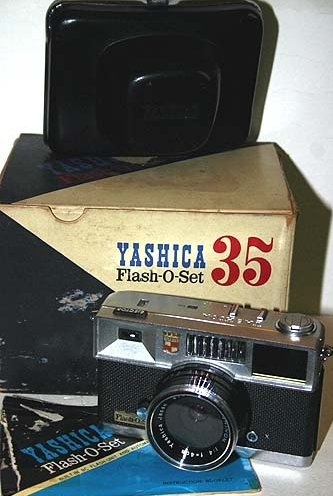 yashica flash-o-set vintage film camera 1961