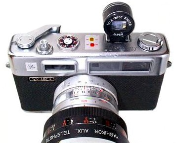 Yashica Electro35 vintage 35 mm film camera 1966